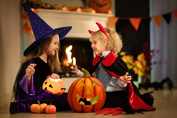 Ten Top Tips for Trick or Treating! - Girls