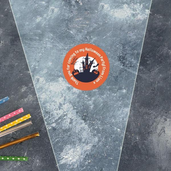 Creepy Pumpkin Castle - Halloween Sweet Cone Bag & Sticker - Pack of 35