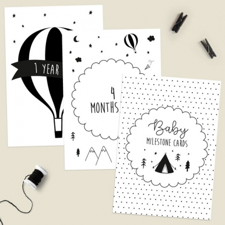 Baby-Milestone-Cards-Ages-Pack-of-17-The-Adventure-Begins