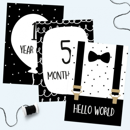 Baby Milestone Cards Ages - Pack of 17 - Boys Monochrome