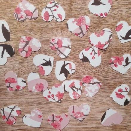 Blossoming Love - Heart Table Confetti