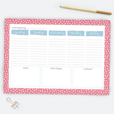 Pinking Out Loud - Desk Planner