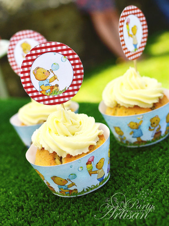 Ideas for a Children's Teddy Bear Picnic - Teddy Bear's Picnic Cupcake wrappers and toppers - ThePartyArtisan - Etsy